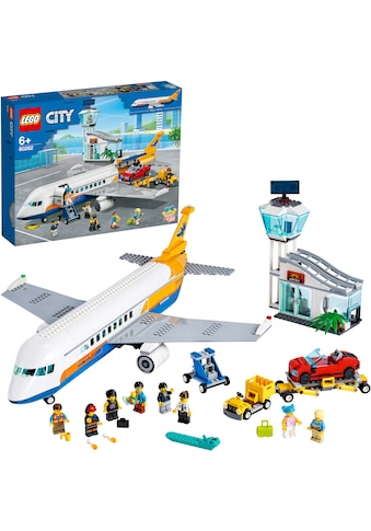 LEGO® Konstruktionsspielsteine »Passagierflugzeug (60262), LEGO® City«, (669 St.) kaufen