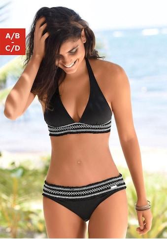 LASCANA Triangel-Bikini, Mit smoke Effekten und Stickerei kaufen