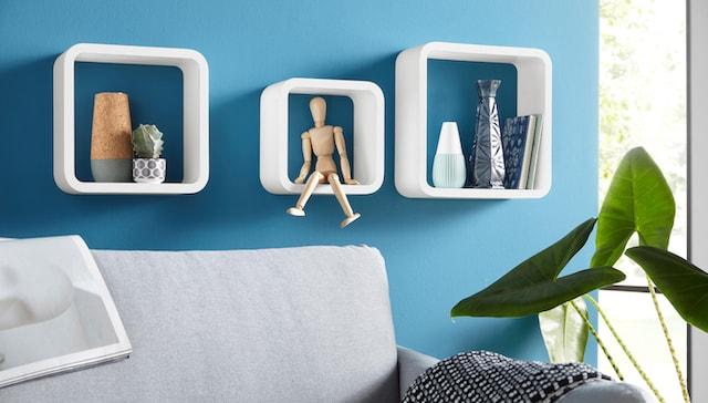 moderne weiße Wandkonsolen