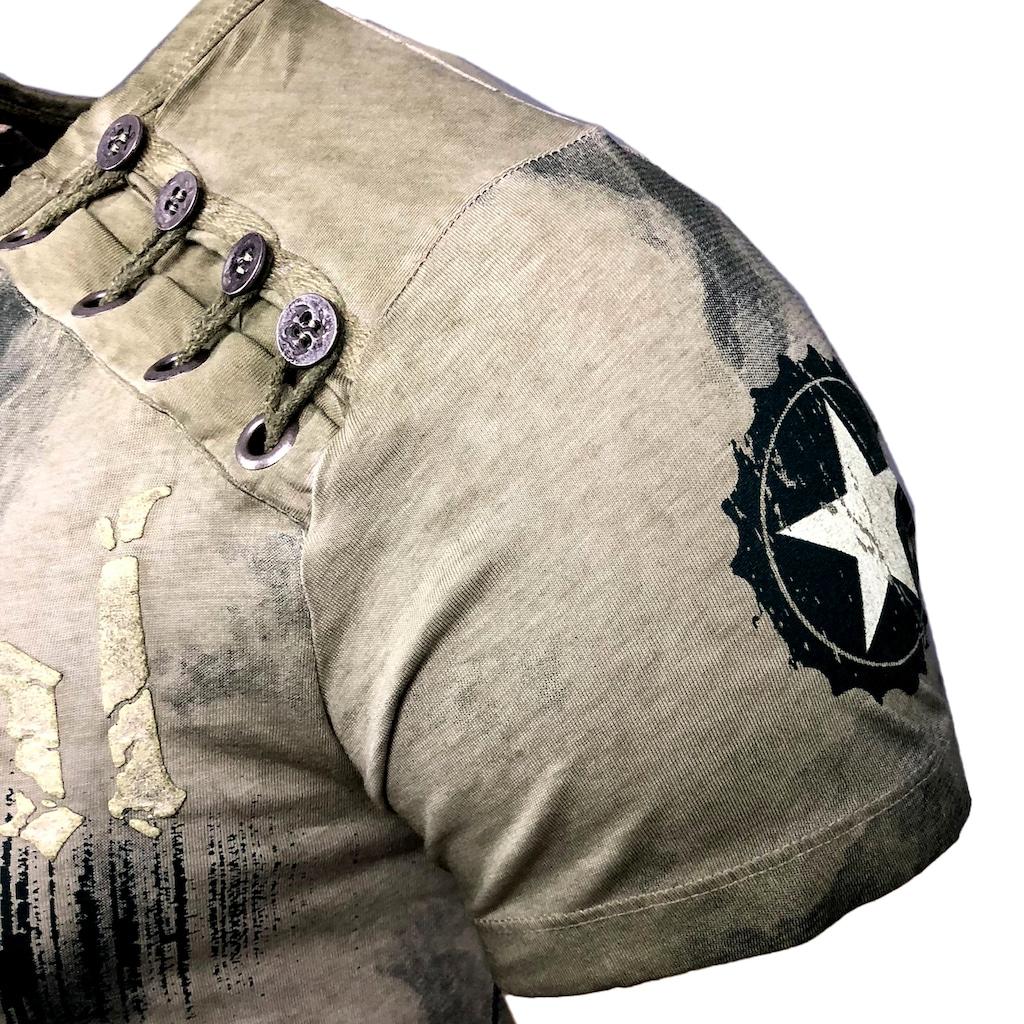 Rusty Neal T-Shirt mit Knopfapplikation