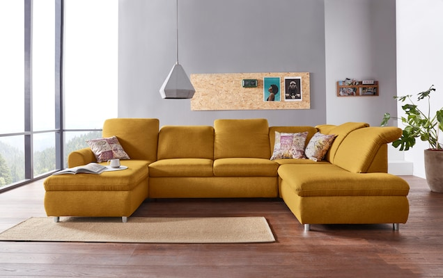 Wohnlandschaft in Gelb