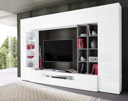 weiße TV-Wand mit Regalen und Glasvitrine