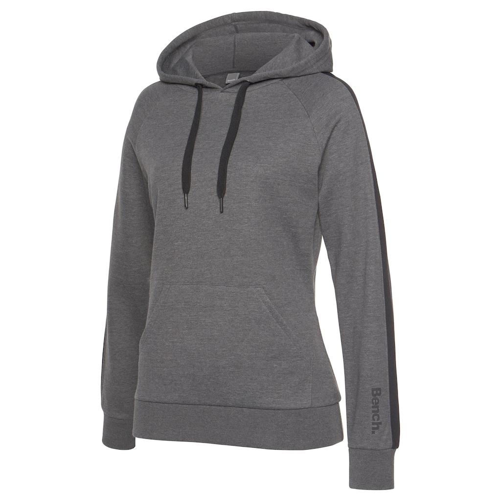 Bench. Kapuzensweatshirt, mit Seitenstreifen und Kängurutasche