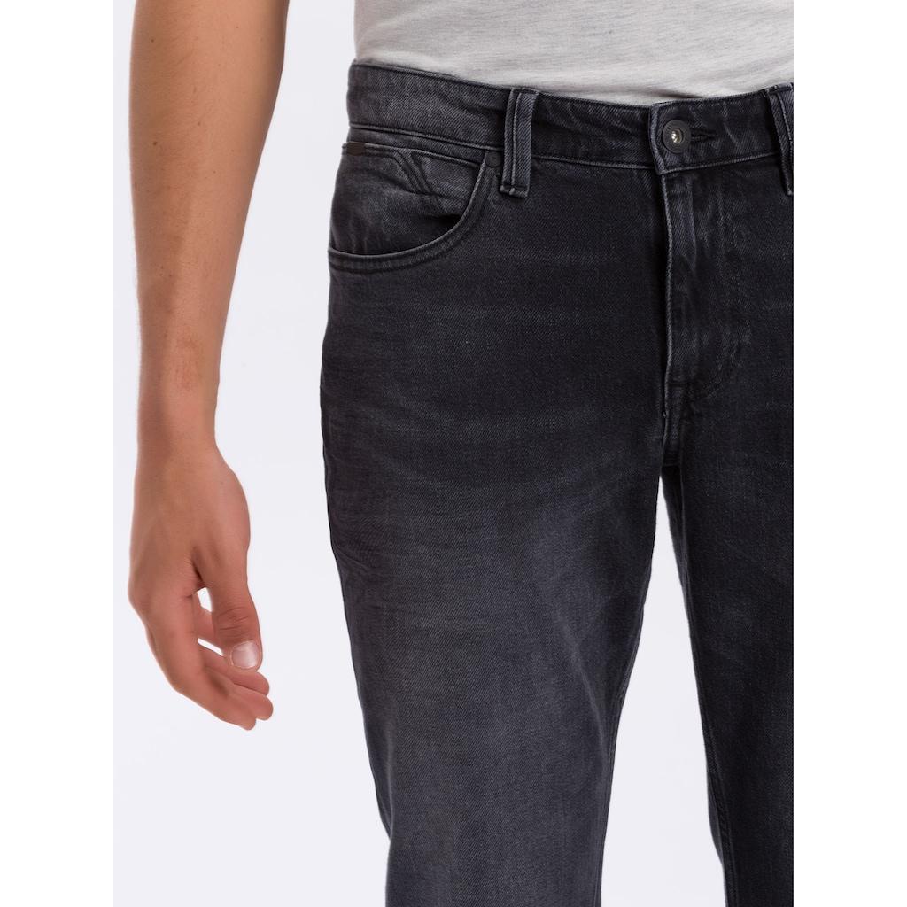 Cross Jeans® Regular-fit-Jeans »Dylan«, Angenehme Denimqualität