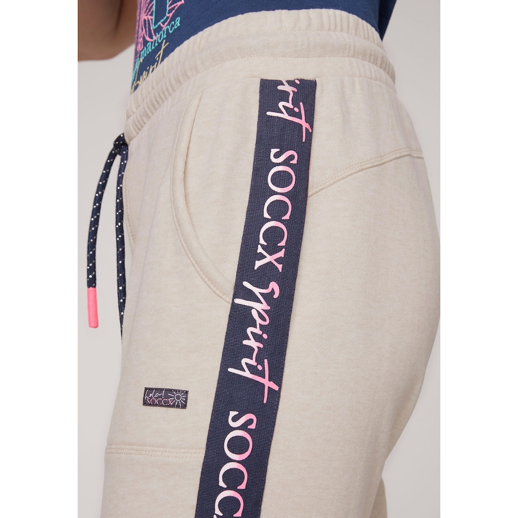 SOCCX Sweathose, mit sportlichem Logo-Tape