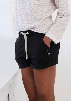 sportliche Short in Schwarz