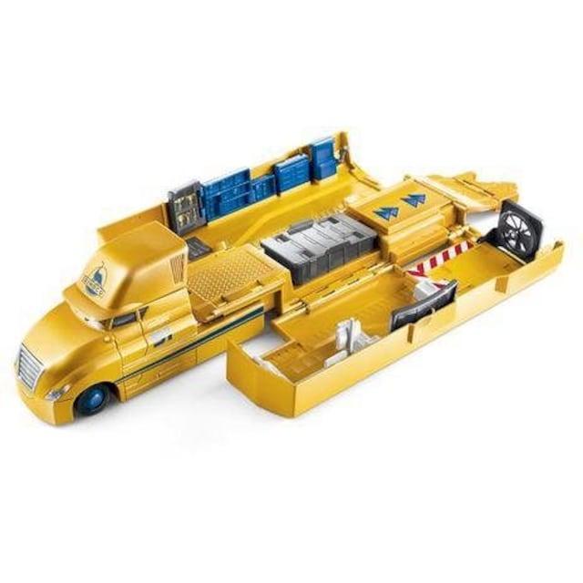 "Mattel® Spielzeug-Auto ""Disney Cars Transporter Spielset Cruz Ramirez"""