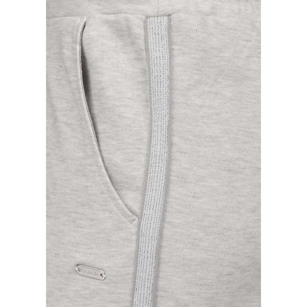 Bench. Homewearhose, mit Metallic-Streifen