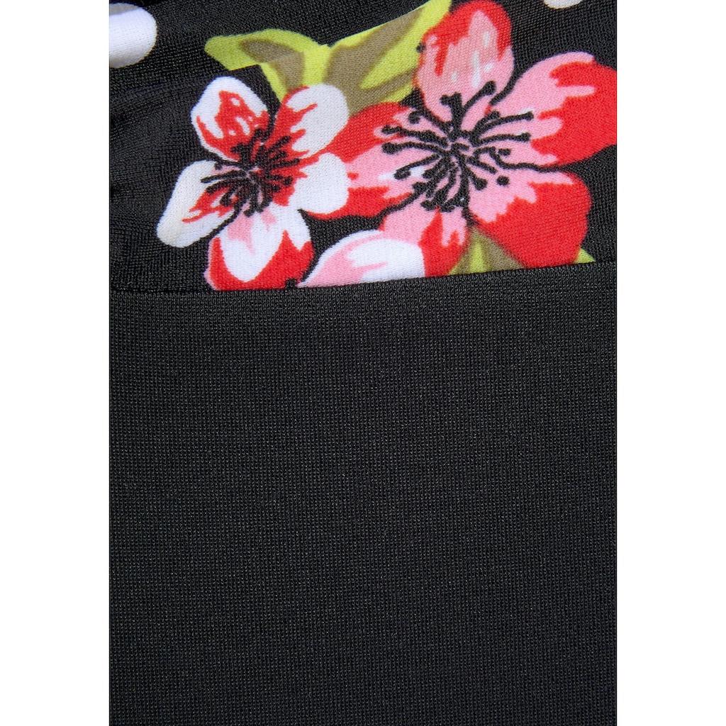 LASCANA Badeanzug, mit floralem Print und Shaping-Effekt
