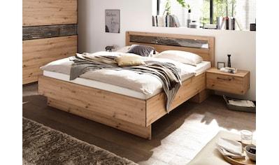 Schlafkontor Bett »Solid«, inklusive 2 Nachttische mit Absetzungen in Baumrinden-Optik kaufen