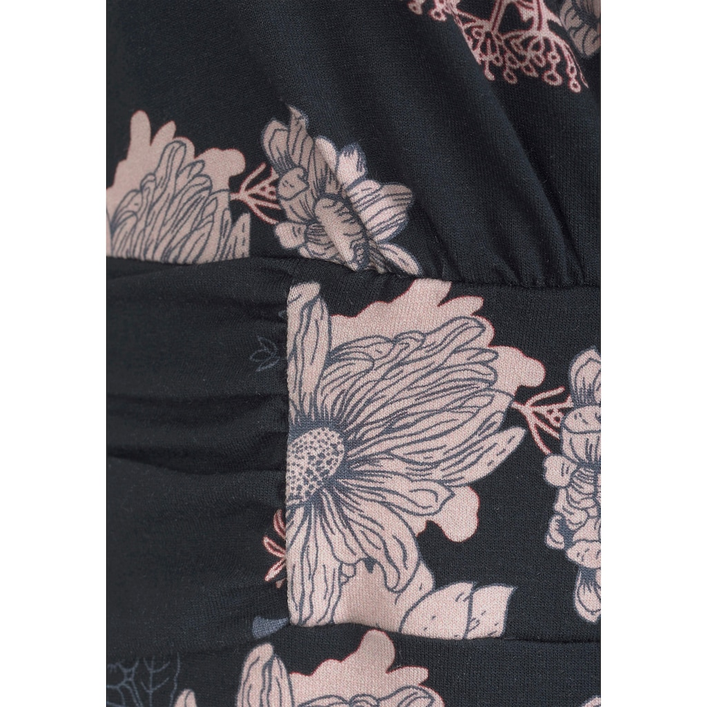 LASCANA Strandkleid, in taillierter Form